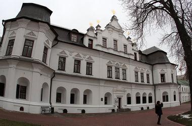 Почему рухнула стена Софии Киевской – мнения экспертов