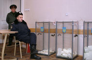 Кто все-таки будет обеспечивать безопасность выборов на Донбассе?