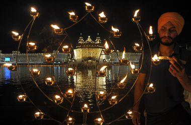 В Индии стартовал фестиваль огней