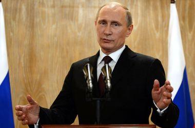 Путин уверяет, что не хочет строить свою империю за счет Украины