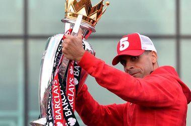 Рио Фердинанд объявил о завершении карьеры