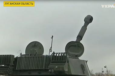 """В Донецке боевики """"ДНР"""" сооружают укрепрайон в нескольких километрах от аэропорта"""