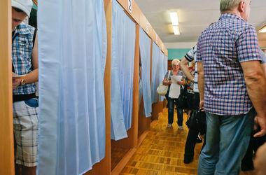 В Мариуполе выборы охраняет вся милиция города