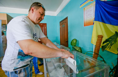 На одном из киевских округов заблокировали серверную ОИК – Андрийко