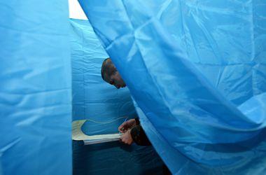 На избирательных участках Львова все спокойно, но есть очереди