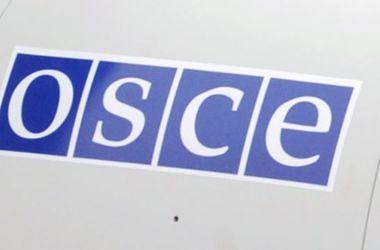 Наблюдатели ОБСЕ констатируют спокойное голосование на выборах в Раду