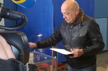 В Луганской области проголосовали 14% избирателей