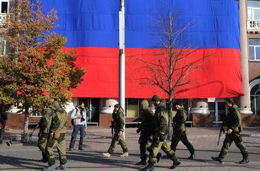 В Донецке террористы вместо выборов устроили митинг
