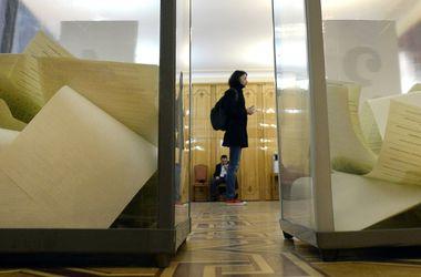 Голосование на выборах в Раду завершилось в трех странах - ЦИК