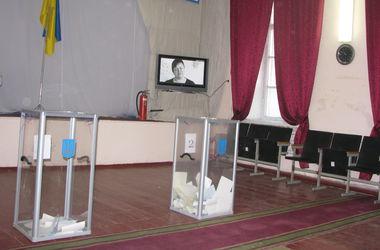 В Одессе ищут бомбу на избирательном участке в юракадемии