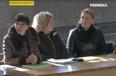 """Нарушения на выборах: в Курахово люди получают провокационные СМС, а в Черкассах пытались организовать """"карусель"""""""