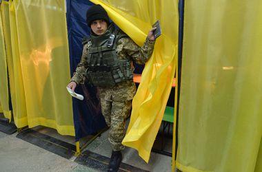 Тымчук: В зоне АТО проголосовало до 10 тысяч военнослужащих