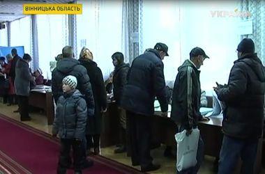 Снег чуть не сорвал выборы в Винницкой области