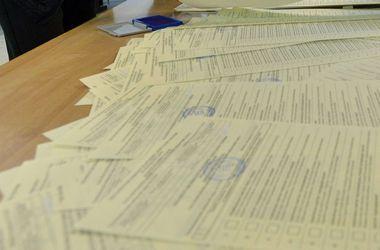 """Испорченные бюллетени, вбросы и обстрелы избирателей со стороны """"ДНР"""": основные проблемы в голосовании Донбасса"""