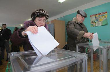 Крымчане и жители Донбасса проголосовали на выборах в Раду - ЦИК