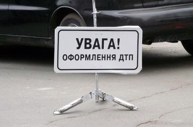 В Киеве произошло ужасное ДТП, пострадала девушка-водитель