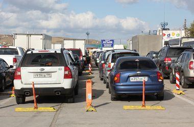Керченская переправа закрыта четвертые сутки: в очередях скопилось 1275 авто