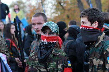 """""""Правый сектор"""" пугает Украину третьим Майданом"""