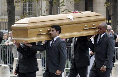 В Париже прощаются с главой Total, погибшим во Внуково