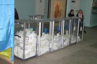 Вооруженные милиционеры взяли под контроль скандальный 140-й округ в Одесской области