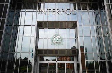 Интерпол объявил в международный розыск 4 украинских экс-чиновников