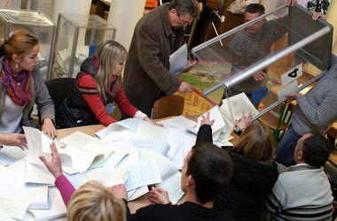 Меньше всего протоколов обработано в Луганской области в двух округах