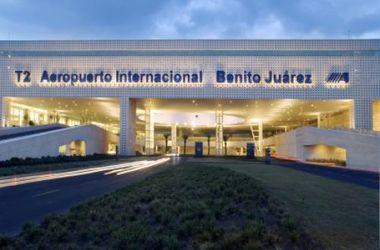 В столице Мексики горит международный аэропорт