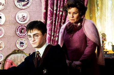 """Джоан Роулинг выпустит новый рассказ-приложение к """"Гарри Поттеру"""" в Хэллоуин"""