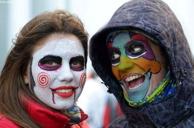 В Одессе ведьмы и зомби устроили Хэллоуин на велосипедах