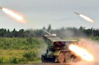 """Террористы из """"Градов"""" обстреляли позиции сил АТО у Мариуполя"""