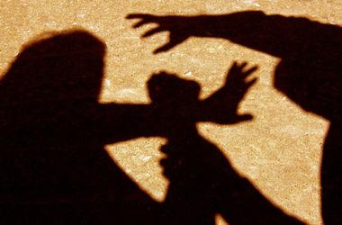 Как избежать изнасилования и защититься от нападающего