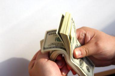 Доллар подрос на межбанке