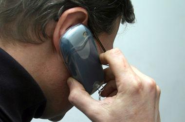 Неизвестные по телефону пугают киевлян судами и вымогают деньги