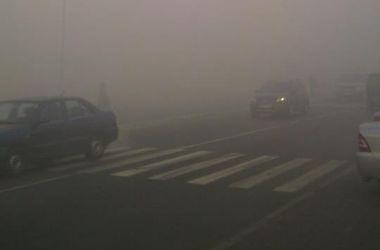 Под Киевом люди задыхаются от горящего торфа: пожарные со стихией не справляются