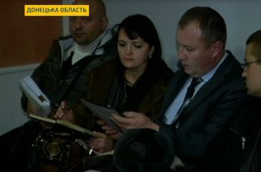 """Выборы в 60-м округе: одному из кандидатов """"дорисовали"""" 8 тысяч голосов"""