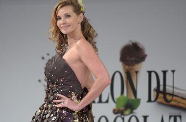 В Париже показали платья из шоколада