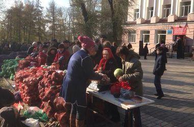 Жители Донецка: После всевдовыборов ничего не изменилось - летают снаряды и боевики на джипах по улицам
