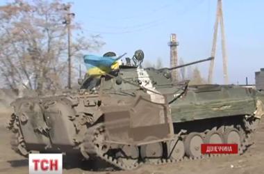 """Как танкисты-""""смертники"""" прикрывают позиции """"киборгов"""" в Донецком аэропорту"""