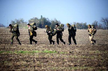 В Луганской области на фугасе подорвались 7 десантников