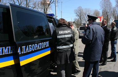 """В Киеве милиция задержала пожилого """"минера"""" правительственных зданий"""