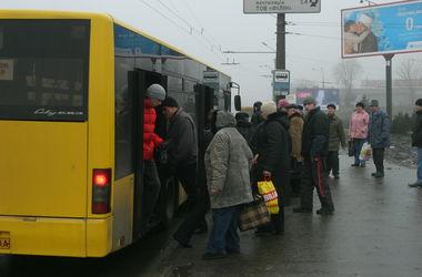 Киевский автобус №100 поменял маршрут