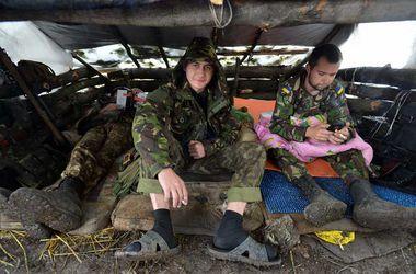 Столичные волонтеры собирают новогодние подарки для бойцов АТО