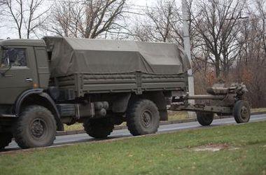 Миссия ОБСЕ зафиксировала в Донецке 43 грузовика, которые перевозили артиллерийские установки