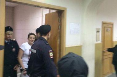 Суд на Савченко проходит в закрытом режиме