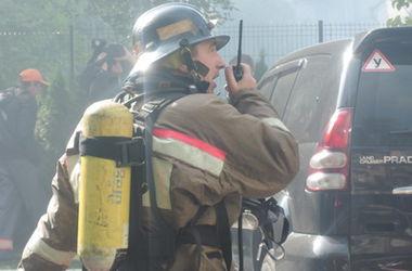 В Киеве произошел масштабный пожар в многоэтажке