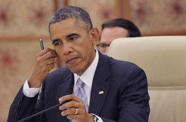 Обама продлил на год действие санкций против Ирана
