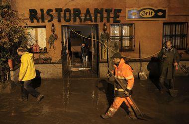 Милану угрожает наводнение из-за непрекращающихся ливней