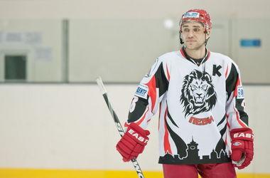 В российских клубах ввели негласный запрет на хоккеистов из Украины