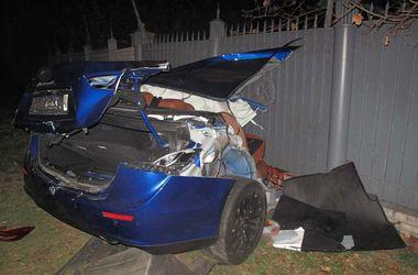 В Киеве Maserati разорвало пополам, водителю авто оторвало ноги