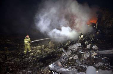 """Крушение """"Боинга"""": обнародованы первые кадры с места происшествия сразу после падения самолета"""